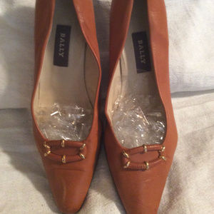 BALLY PUMPS SIZE 9 1/2